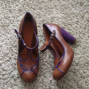Chie Mihara T-bar Mary Jane leather heel pumps 39